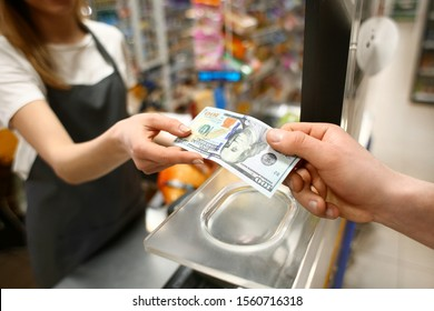 Need of cash while traveling