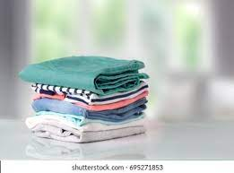 Avoid to much clothes while travelling
